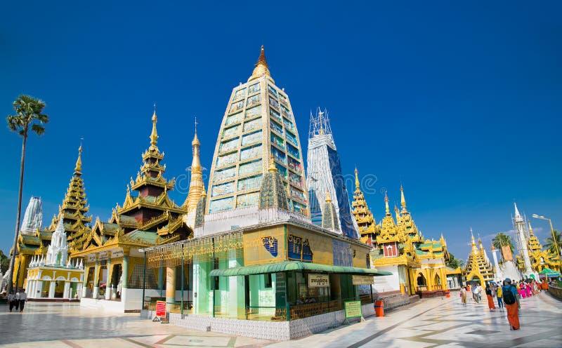 Golden Shwedagon buddhist stupa in Yangon, Myanmar. stock photo
