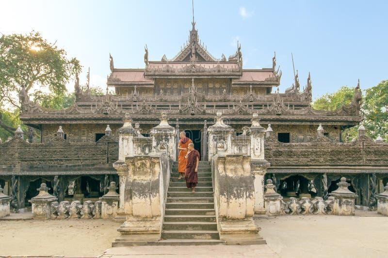 Shwenandaw monaster w Mandalay fotografia royalty free