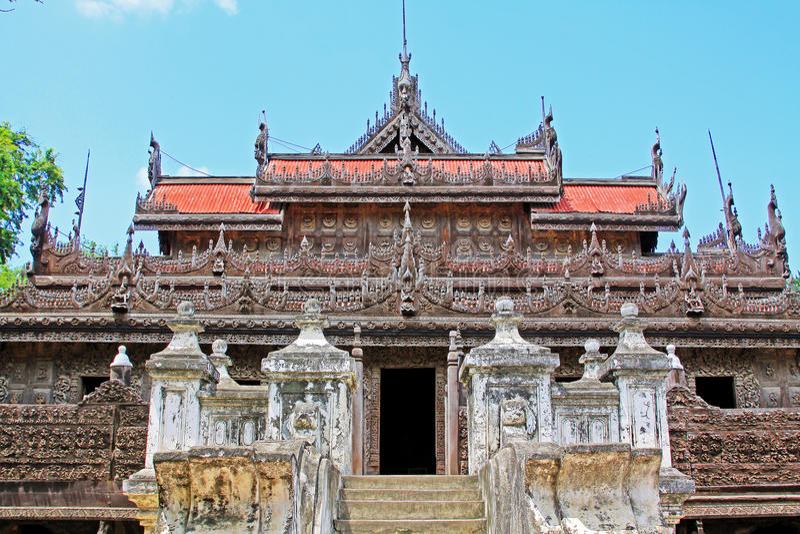 Shwenandawklooster, Mandalay, Myanmar stock foto's