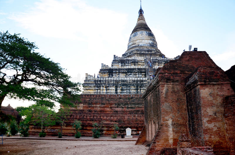 Shwesandaw świątynia w Bagan, Myanmar (poganin) obraz royalty free