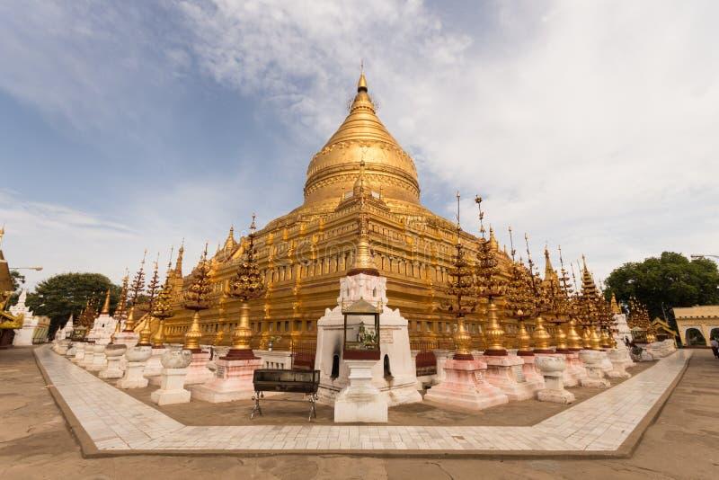 Shwezigon Paya在Bagan 库存照片