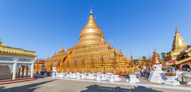Shwezigon Paya塔,在Bagan缅甸 免版税库存照片