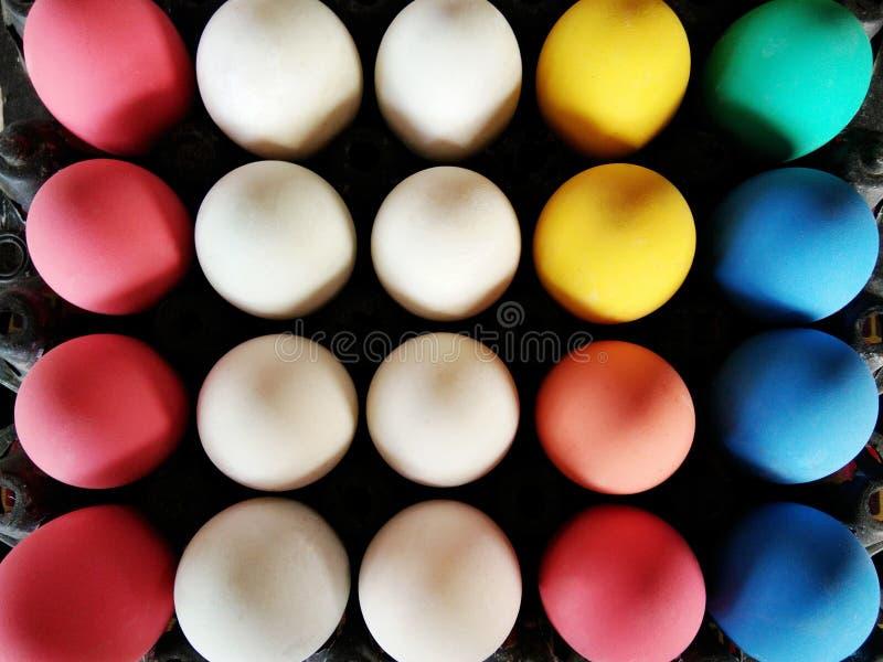 Siècle coloré ou oeufs conservés par potasse photographie stock libre de droits
