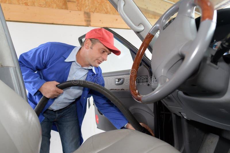 Siège de conducteurs automatique de nettoyage de service de voiture photo libre de droits