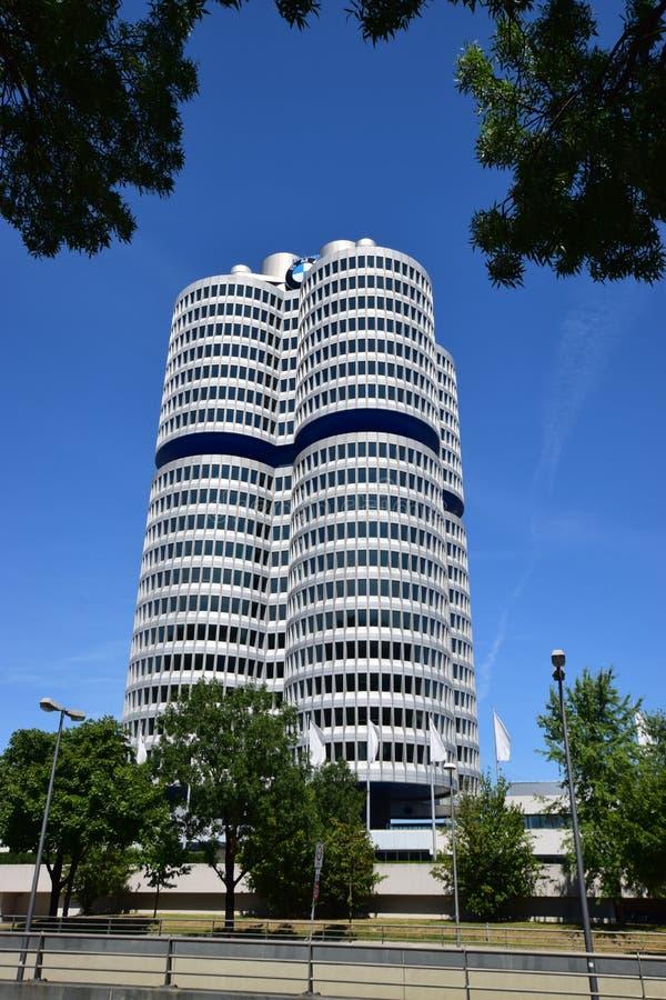 Sièges sociaux de la société de BMW à Munich, Allemagne image stock