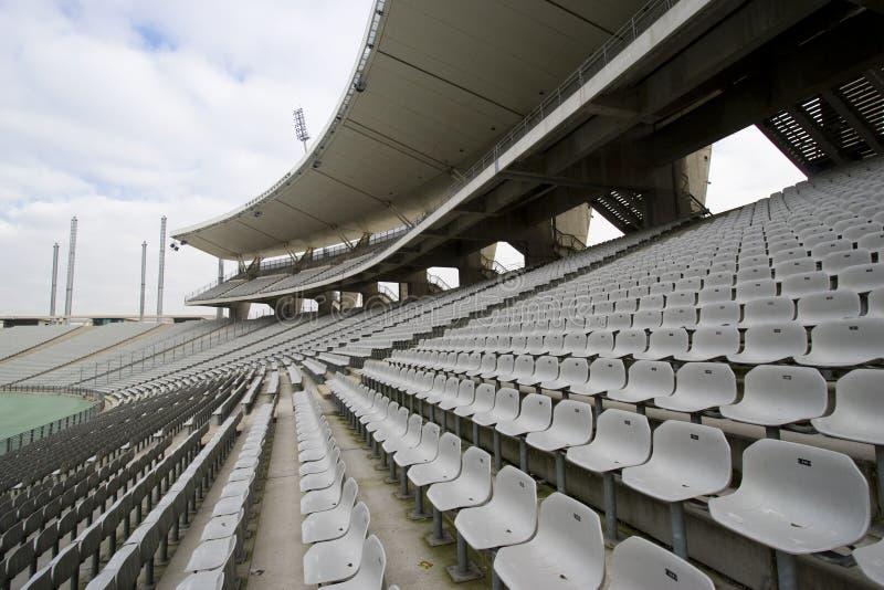 Sièges vides au stade photo stock