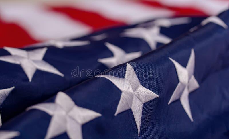 Κυματίζοντας αμερικανική σημαία στοκ εικόνες