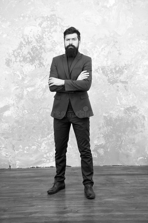 Sia il mio fashionista Successo di affari Uomo d'affari maturo Pantaloni a vita bassa barbuti dell'uomo in rivestimento Modo masc immagini stock libere da diritti