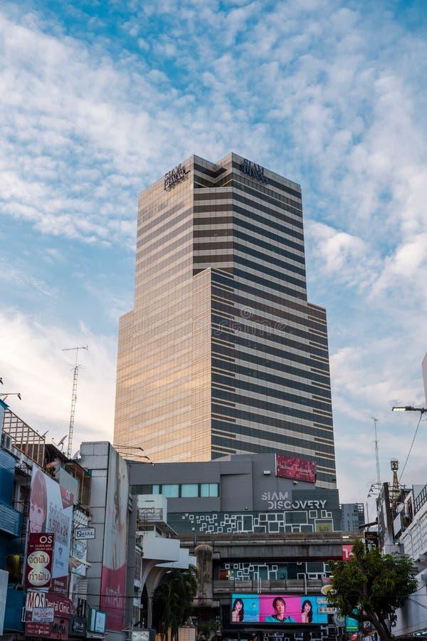 Siam Piwat Tower in Bangkok, Thailand stock foto's