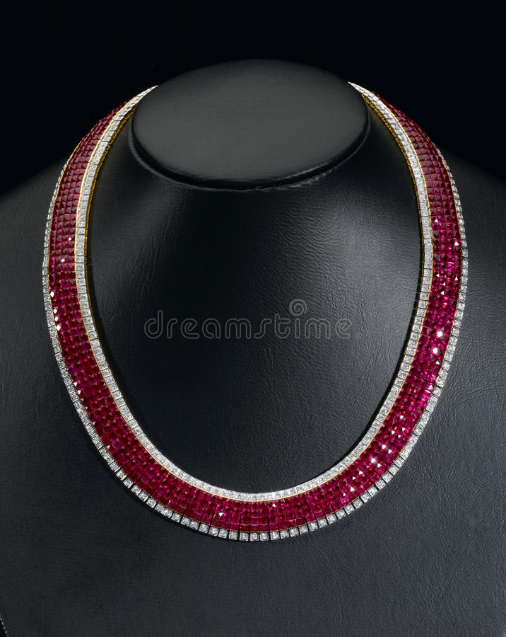 Free Siam Ruby Necklace Stock Image - 27617331