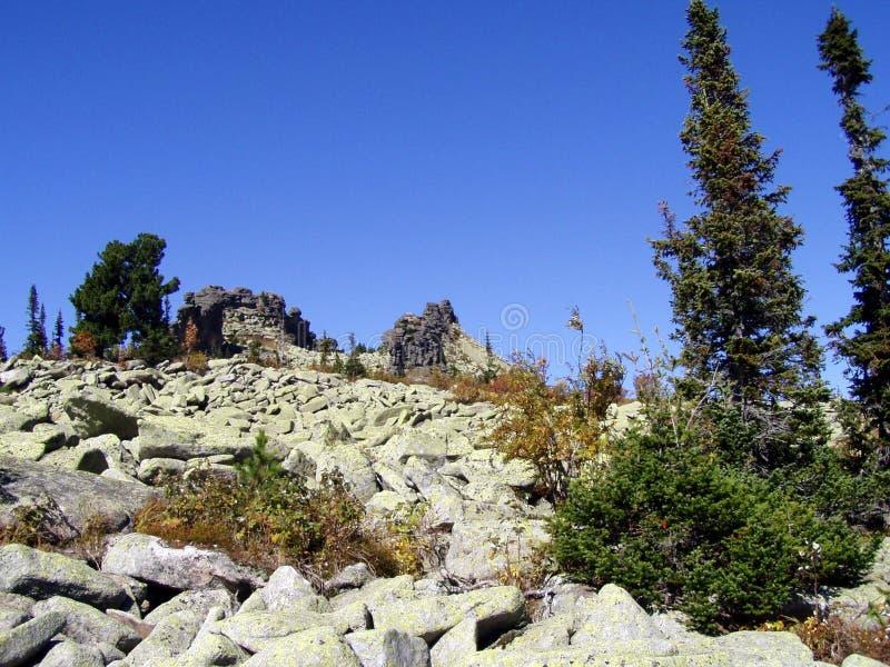 Sibéria, a força das montanhas imagens de stock royalty free