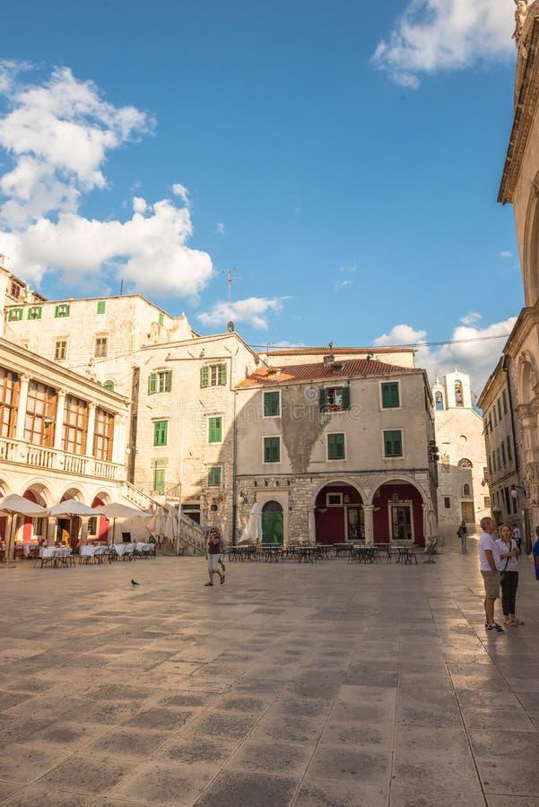 SIBENIK Kroatien-Maj 26,2017: St James domkyrka i Sibenik, UNESCOvärldsarv i Kroatien Sibenik domkyrkan, Kroatien arkivfoto