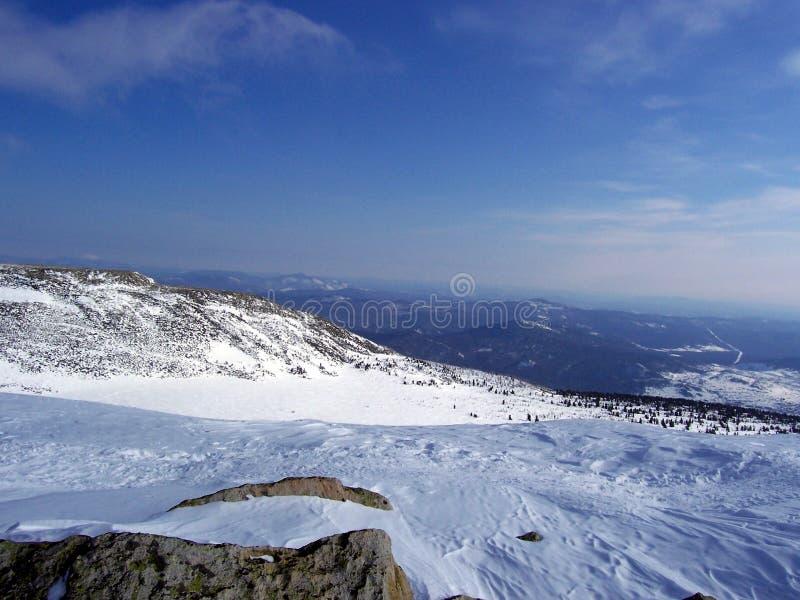 Sibirien, die Stärke der Berge stockfotografie