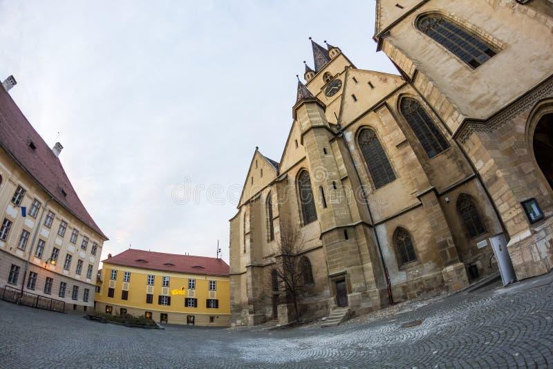 24 12 2014 SIBIU, ROEMENIË Abstracte samenstelling en architecturale details van Evangelische Kathedraal royalty-vrije stock afbeelding