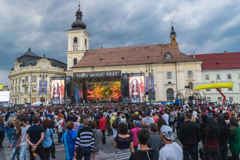 SIBIU, ROMANIA - 9 SEPTEMBER, 2017: A view of thr Big Square during a concert in Sibiu, Romania stock photography
