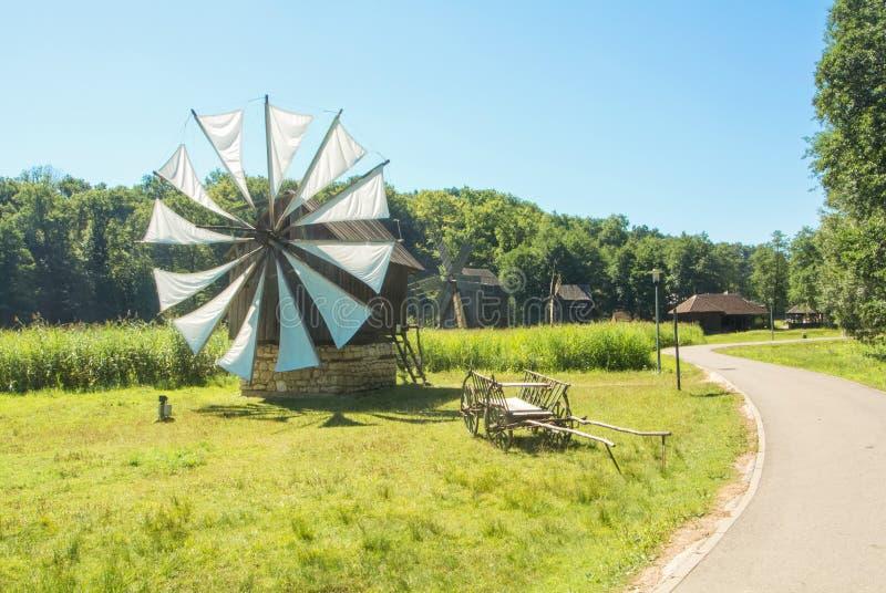 SIBIU, RUMANIA - 2 DE AGOSTO DE 2017: Campo rumano en el BI fotografía de archivo