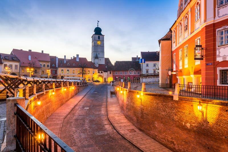 Sibiu, Siebenbürgen, Rumänien - Lesser Square stockbilder