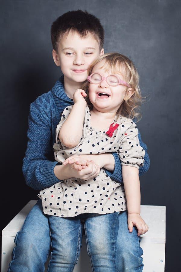 Sibling Kinderenbroer en Zuster stock afbeelding