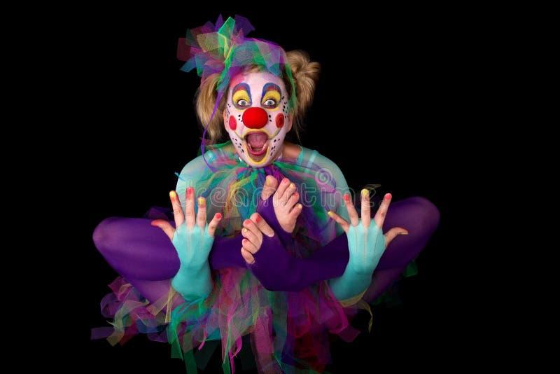 Sich hin- und herbewegender Clown stockfotos