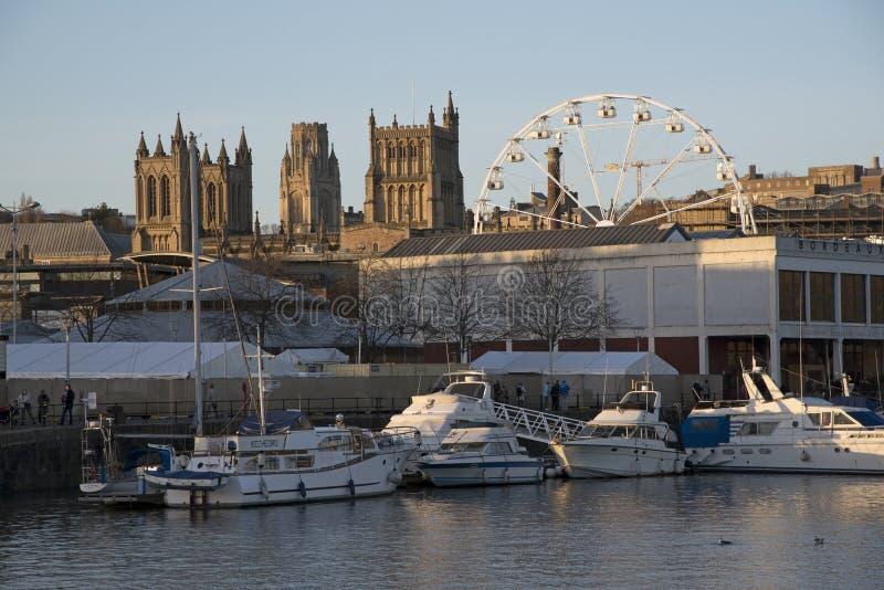 Sich hin- und herbewegender Hafen in Bristol England Großbritannien stockfotografie