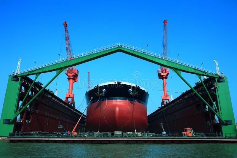 Sich hin- und herbewegendes Dock lizenzfreies stockfoto
