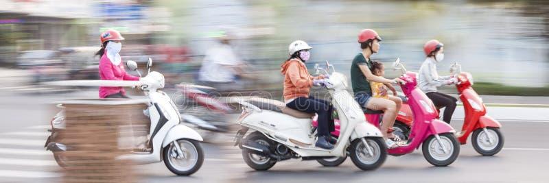 Sich schnell bewegendes Fahrrad Vietnam lizenzfreies stockbild