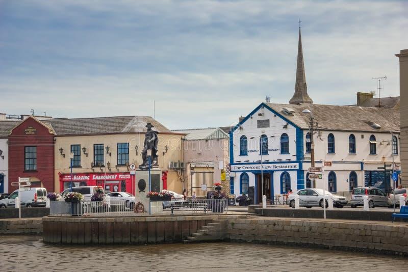 Sichelförmiges Kai Wexford-Stadt Co Wexford irland stockfotos