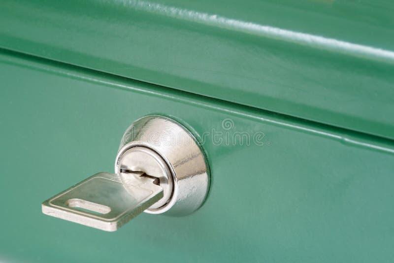 Sicherheits-Kasten-Taste lizenzfreie stockfotos