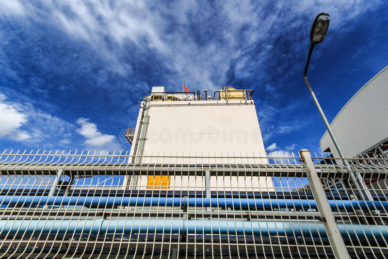 Sichtbarer Zaun der Industrie stockfoto