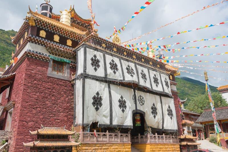 SICHUAN, CHINA - JUL 17 2014: Jingang Monastery. a famous Lamasery in Kangding, Sichuan, China. stock photos