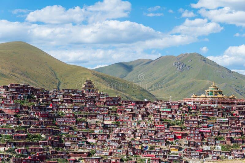 SICHUAN, CHINA - SEP 19 2014: Larung Gar(Larung Five Sciences Bu. Ddhist Academy). a famous Lamasery in Seda, Sichuan, China stock photo