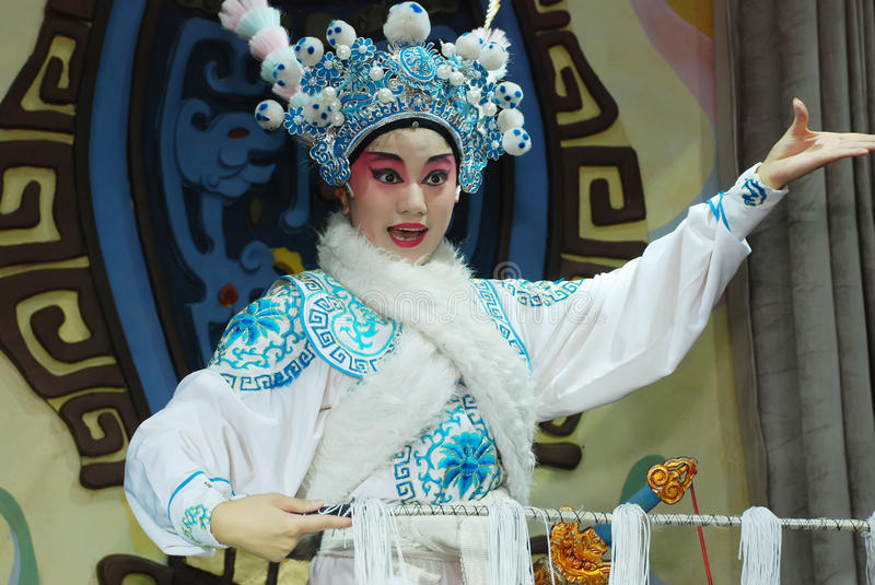 Download Sichuan Opera actress editorial stock image. Image of color - 20004934