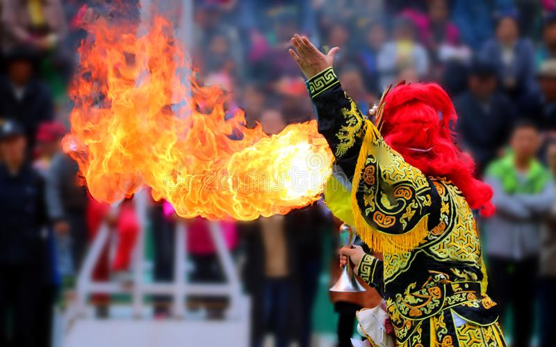 Sichuan Opera muda sua cara: Cabeça-quente de Sichuan Opera fotografia de stock