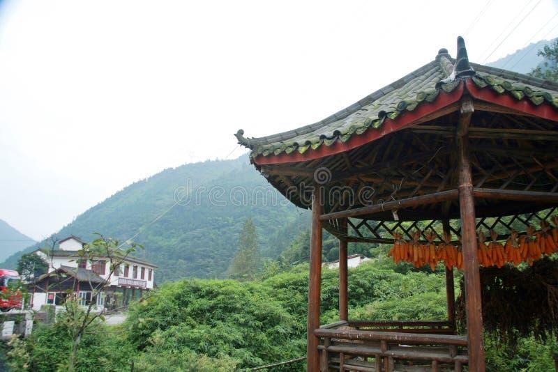 sichuan-tibet highway royalty free stock photo