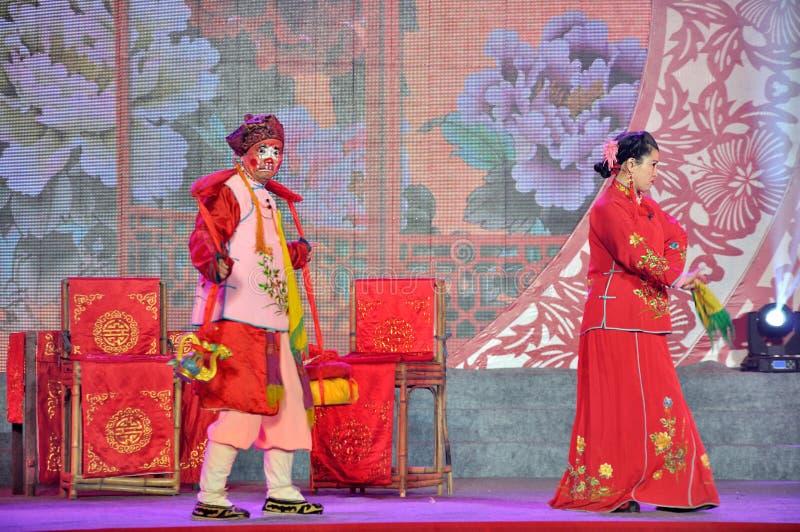 Sichuanese-Opern-Leistung auf Laternen-Festival stockfoto