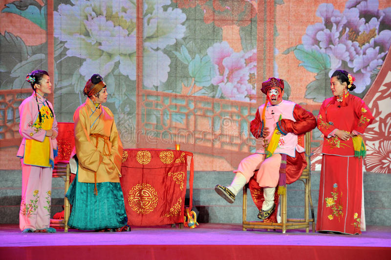 Sichuanese opery występ na Latarniowym festiwalu zdjęcie royalty free
