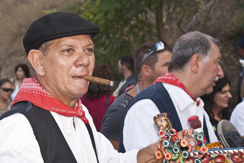 Download Sicilian Men In Traditional Dress Editorial Photography - Image: 26458022