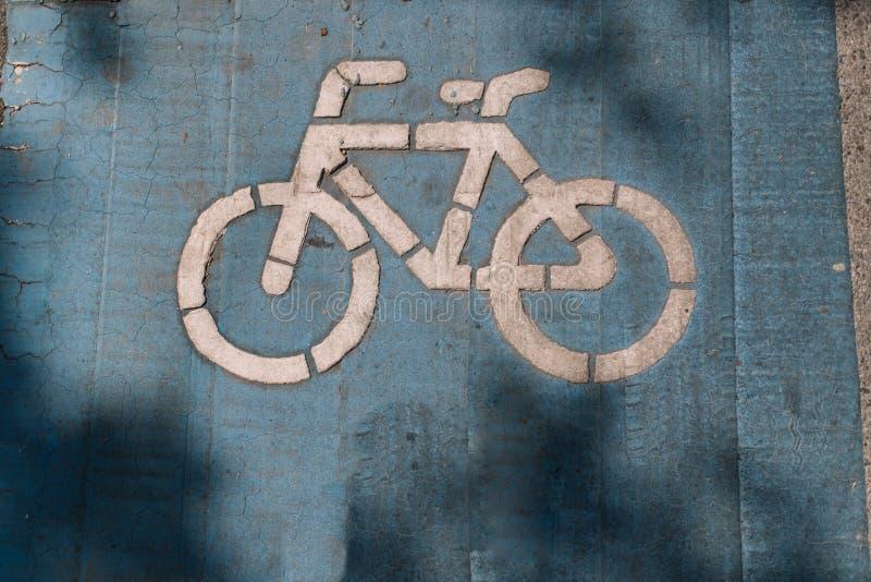 Sicurezza del vicolo della bici per il ciclista della bicicletta e la gente di esercizio fotografia stock libera da diritti