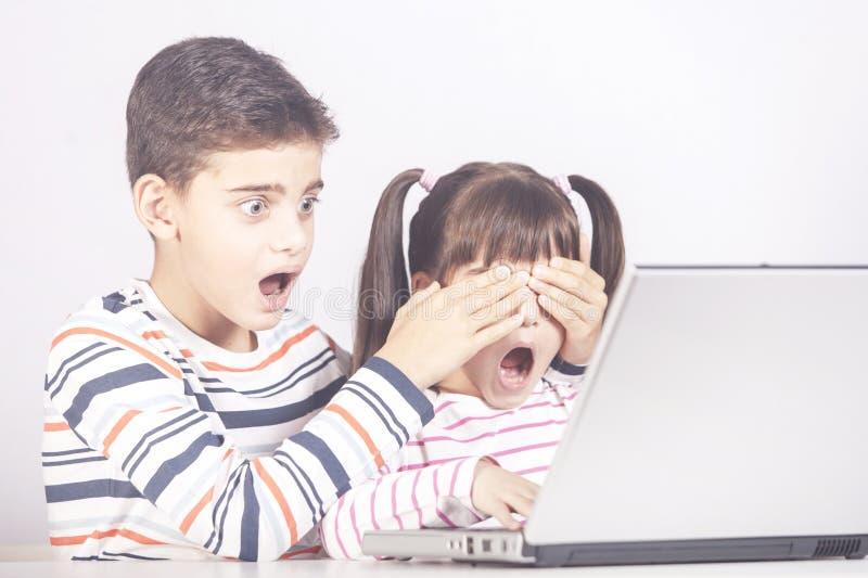 Sicurezza di Internet per il concetto dei bambini immagine stock