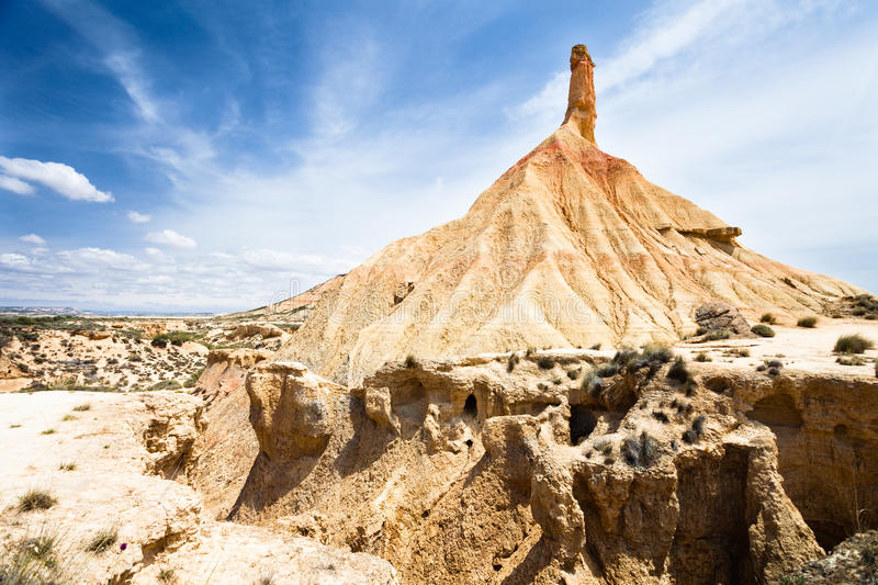 Side view of Castilldetierra in Bardenas Reales. The Bárdenas Reales is a semi-desert natural region, or badlands, of some 42,000 hectares (100,000 acres) in stock photos