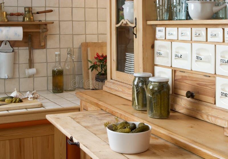 Sideboard in cucina immagine stock libera da diritti