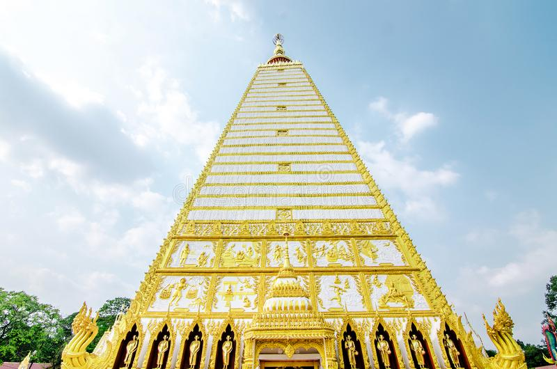 4-sided shape pagoda : architecture landscape of white and gold pagoda at wat Phrathat Nong Bua in Ubon Ratchathani province,. Thailand stock images