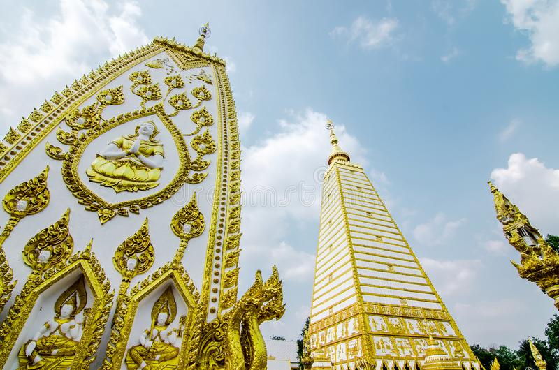 4-sided shape pagoda : architecture landscape of white and gold pagoda at wat Phrathat Nong Bua in Ubon Ratchathani province,. Thailand stock photos