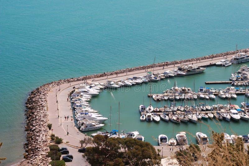 Sidi Bou sade yachtport på medelhavet royaltyfri foto
