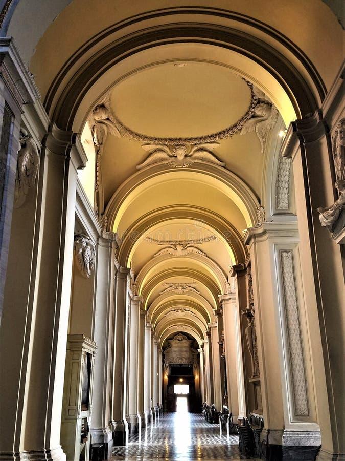 Sidogång av St John Lateran royaltyfria foton
