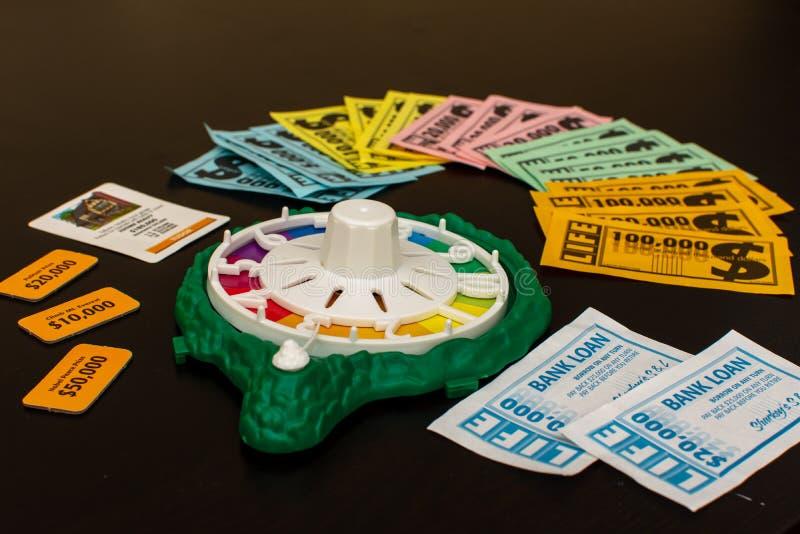 Sidosikt av den färgglade leken av livaktiveringen arkivfoto