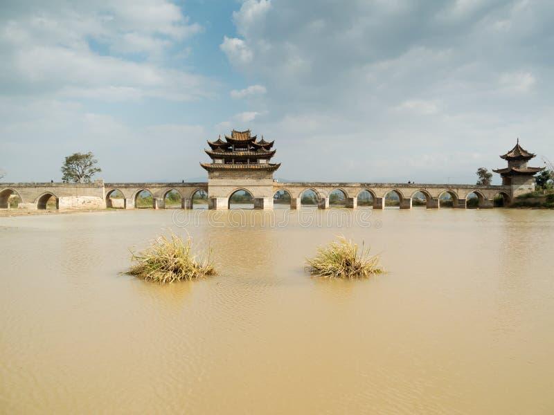 Siebzehn Überspannung brige Jianshui, China stockbilder