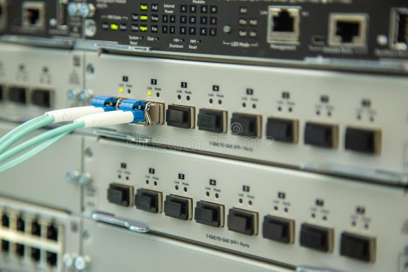 Sieci ochrony wyposażenie Cybersecurity infrastruktura Ethernety, depeszujący przekaz zdjęcia royalty free