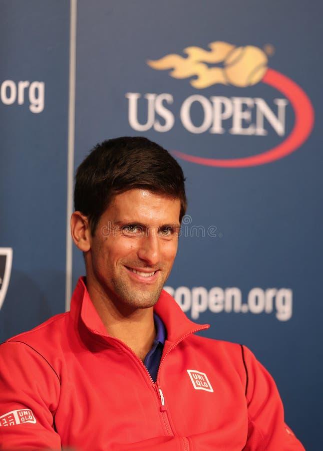 Siedem czasów wielkiego szlema mistrz Novak Djokovic podczas konferenci prasowej przy Billie Cajgowego królewiątka tenisa Krajowym zdjęcia stock