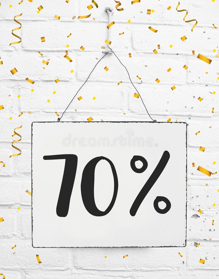 Siedemdziesiąt 70% procent z czarnej Piątek sprzedaży 70% dyskontowy złoty p zdjęcia royalty free